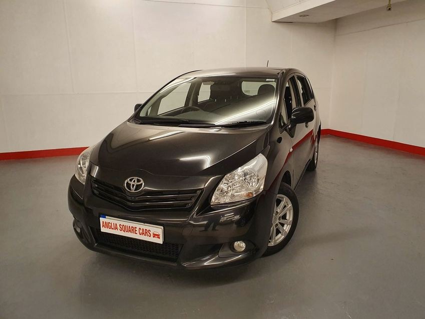 View TOYOTA VERSO D-4D 125 TR Black Manual Diesel, 2012, 7 SEATS, 112,236 MILES