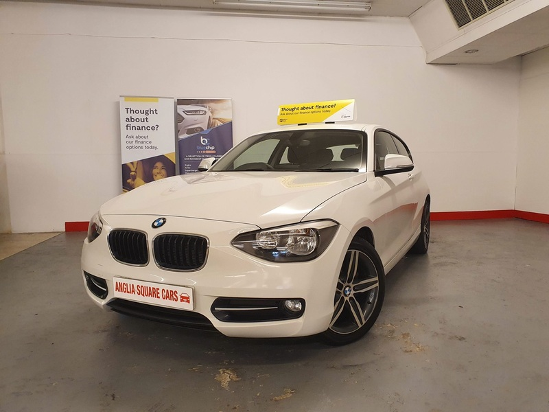 BMW 1 SERIES BMW 1 SERIES 116D SPORT White Manual Diesel, ONLY 37500 MILES