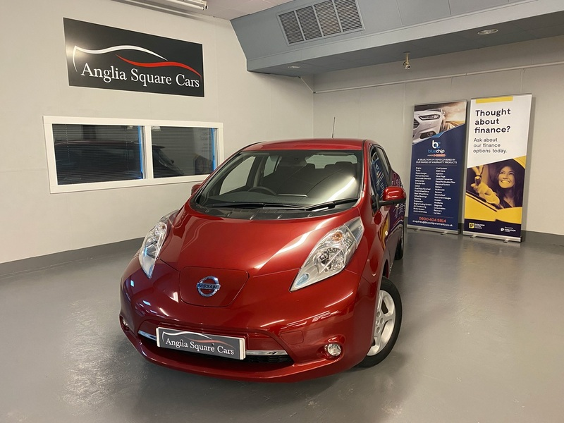 NISSAN LEAF NISSAN LEAF ACENTA Red Auto Electric, NO BATTERY LEASE, FAST CHARGER INCLUDED